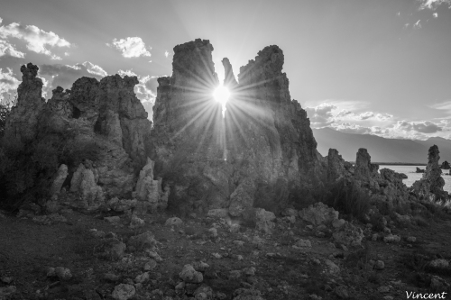 Mono Lake BW (1 of 1).jpg